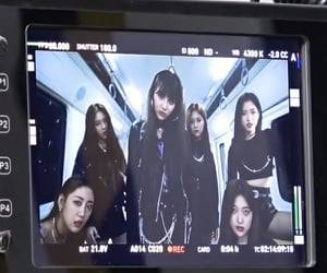 loona, goth, and kpop image
