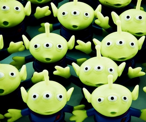 disney, toy story, and little green men image