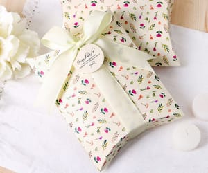 business, gift, and gift boxes image