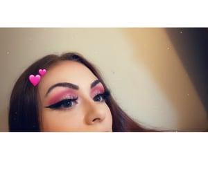 beauty, eyes, and eyelashes image