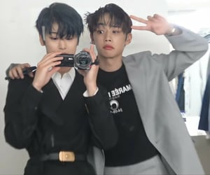 boys, icon, and juyeon image