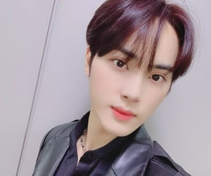 selca, the boyz, and haknyeon image