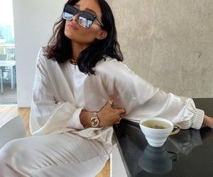 fashion and tea time image