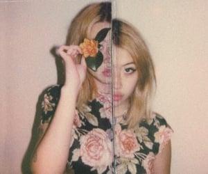 flowers, beabadoobee, and aesthetic image