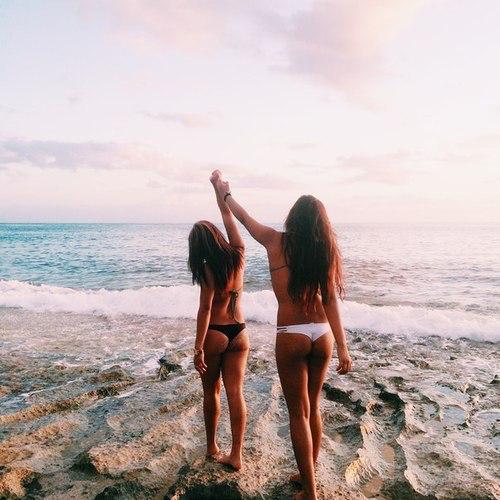 Image de beach, skinny, and Sunny