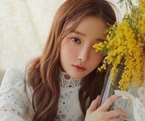 flower, kpop girl, and yeonwoo image