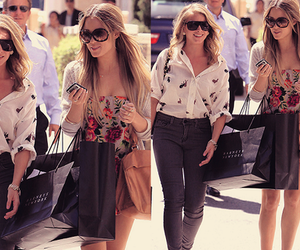 lauren conrad and lo bosworth image