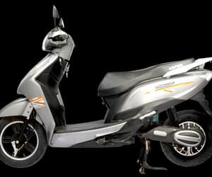 electric scooter in india image