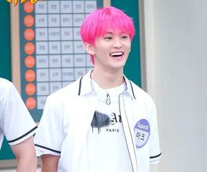 kpop, mark lee, and pink hair image