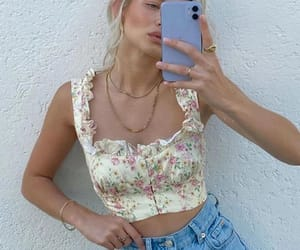 streetstyle, summeroutfit, and summerinspo image