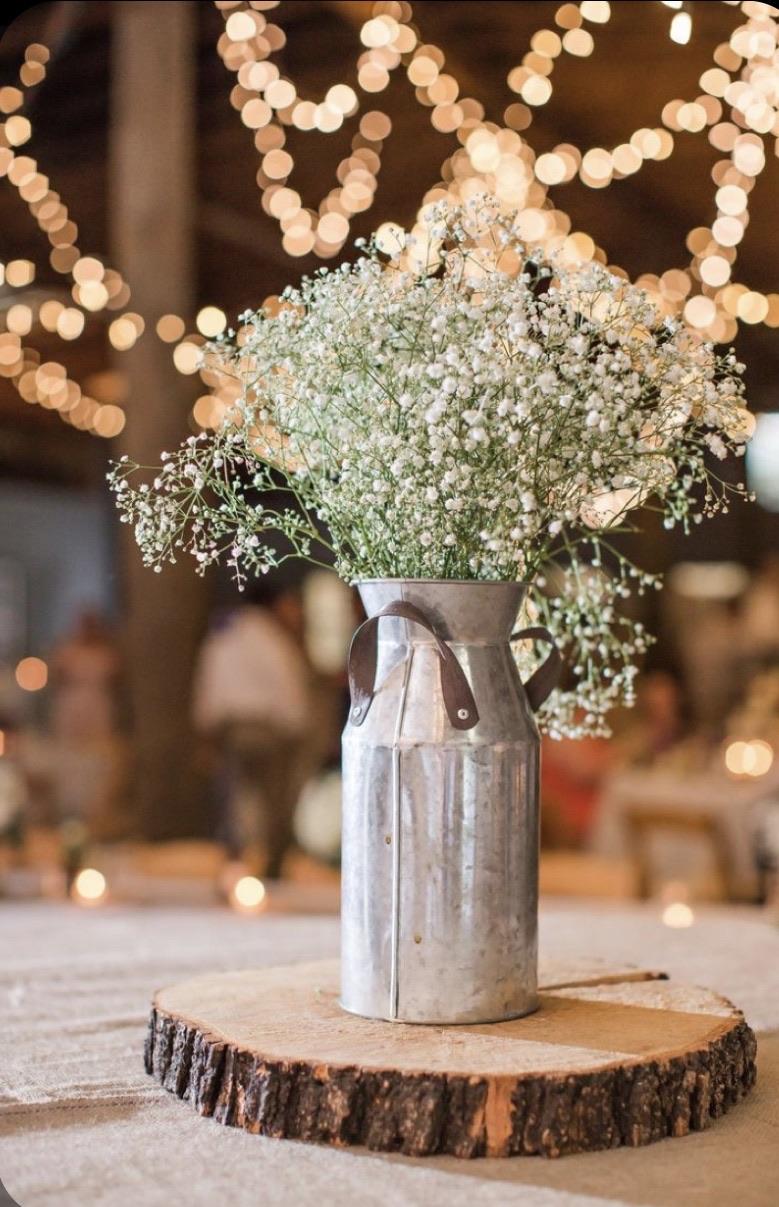 centerpiece, rustic, and wedding decor image