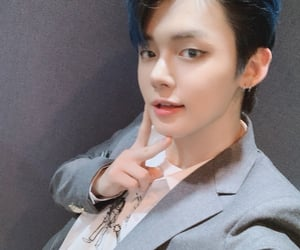 txt, yeonjun, and 투모로우바이투게더 image