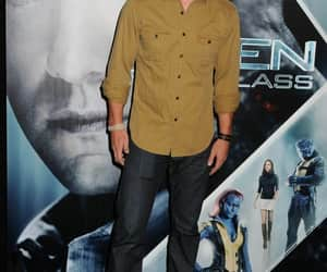 celebrities, stephen amell, and handsome image