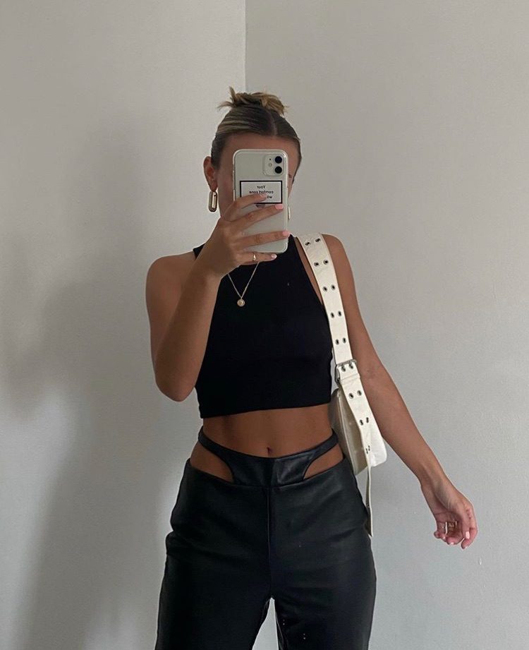 everyday look, black crop top, and white bag purse image
