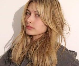 hailey baldwin and model image