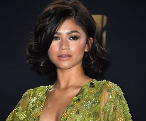 zendaya, girl, and mtv movie awards image