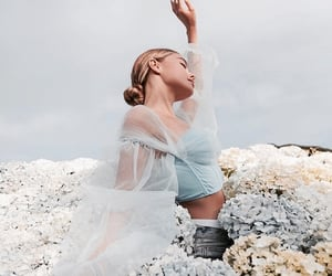 flowers, fashion, and girl image