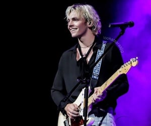 music, performing, and ross lynch image