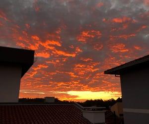 nuvens, sunset, and por do sol image