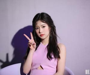 kang hyewon, iz*one, and violeta era image