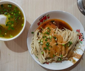chinese food, noodles, and asian food image