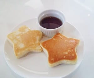 pretty food, aesthetic food, and star pancakes image