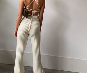 everyday look, white body, and wide leg pants image