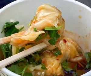dumpling, aisan food, and spicy shrimp wonton image