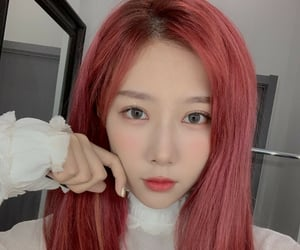 dreamcatcher, red hair, and selca selfie image