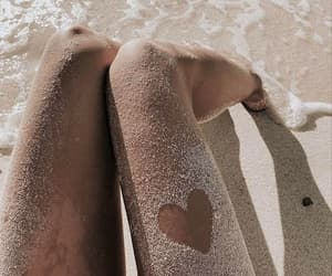 legs, summer, and summertime image