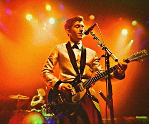 alex, lead singer, and arctic monkeys image