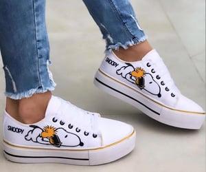 branco, calcado, and shoes image