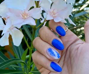 autumn, unghie, and blu image