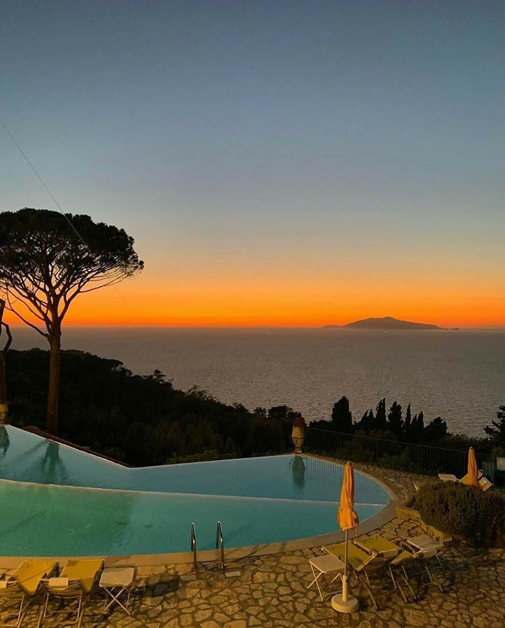capri, dreamy, and italy image
