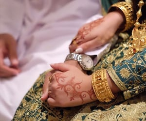 groom, hands, and holding hands image