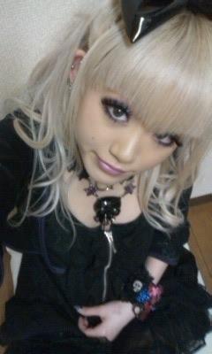 blonde, egg, and gyaru image