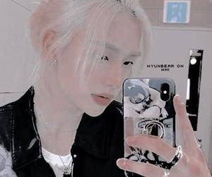 kpop, theme, and hyunjin image