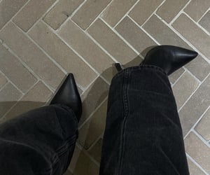 ankle boots, everyday look, and black heels shoes image