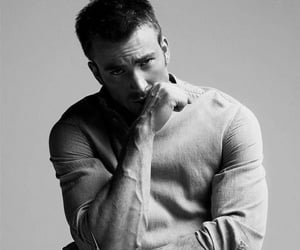 chris evans and veins image