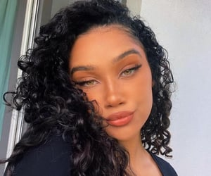 curly, styls, and fashion image