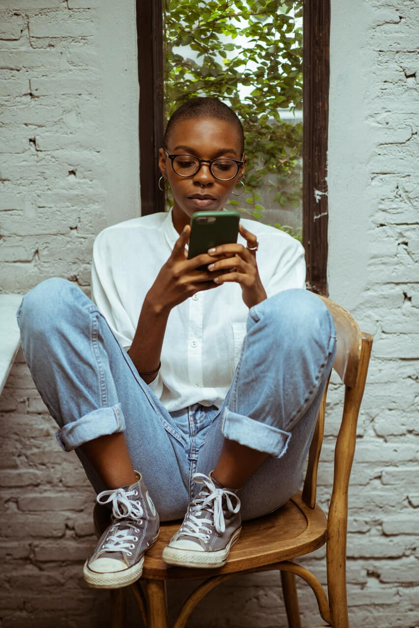 article, social media, and writing image