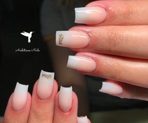 nails, short nails, and ombre nails image