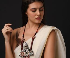 handmade necklace, indian jewellery, and handmade jewellery image