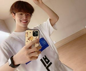 asian, idol, and selfie image