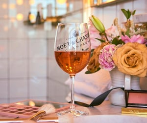 champagne, flawless, and pink image