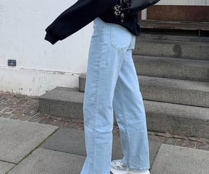 everyday look, straight leg jeans, and white sneakers shoes image