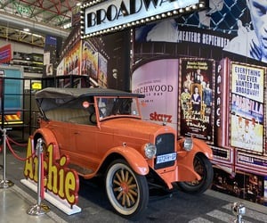 Archie, discover, and broadway image