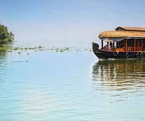 best kerala tour packages image