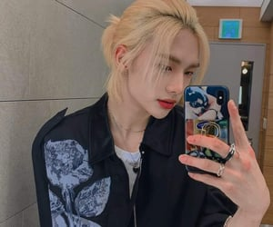 blonde hair, selca, and comeback image