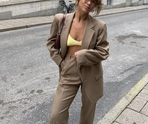 everyday look, wide leg pants, and fashionista fashionable image